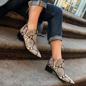 Marc Fisher cut out ankle boots size 7 snake